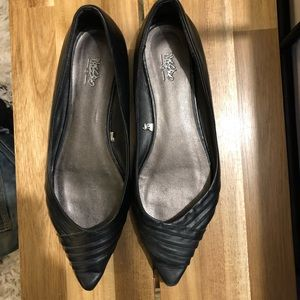 Target Mossino black pointed flats